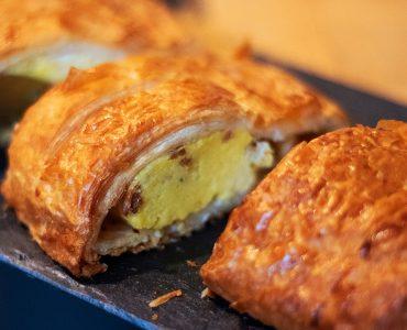 a fresh americano breakfast sandwich that redirects to our breakfast menu